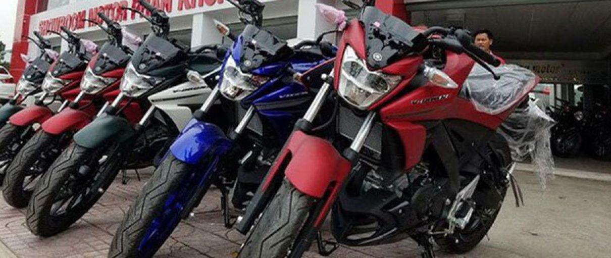 Những chiếc xe côn tay Yamaha V-Ixion R 2017 đầu tiên cập bến Việt Nam với giá hơn 70 triệu Đồng